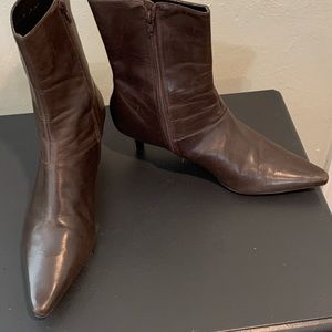 Women's Size 11 M Boots